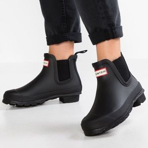 Hunter Chelsea rain boots black 8